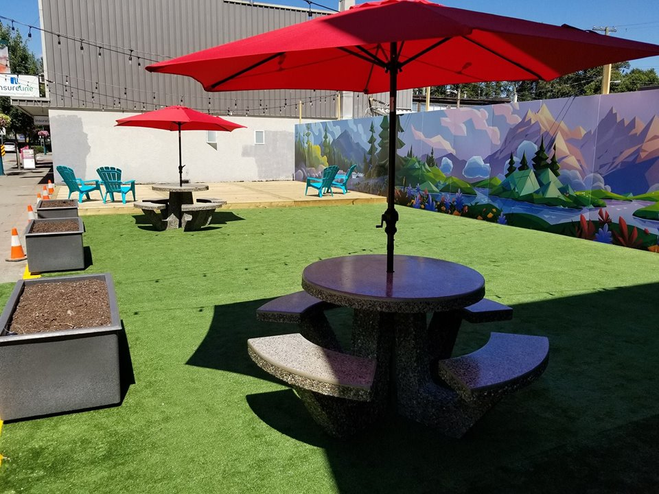 Pop-Up Park Opens Downtown on Shaughnessy St.